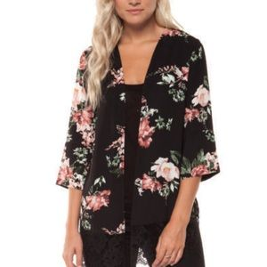 Dex Rustic Roses Kimono with lace